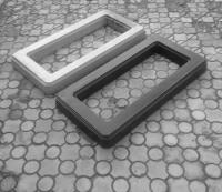 Цветник для памятника из бетона